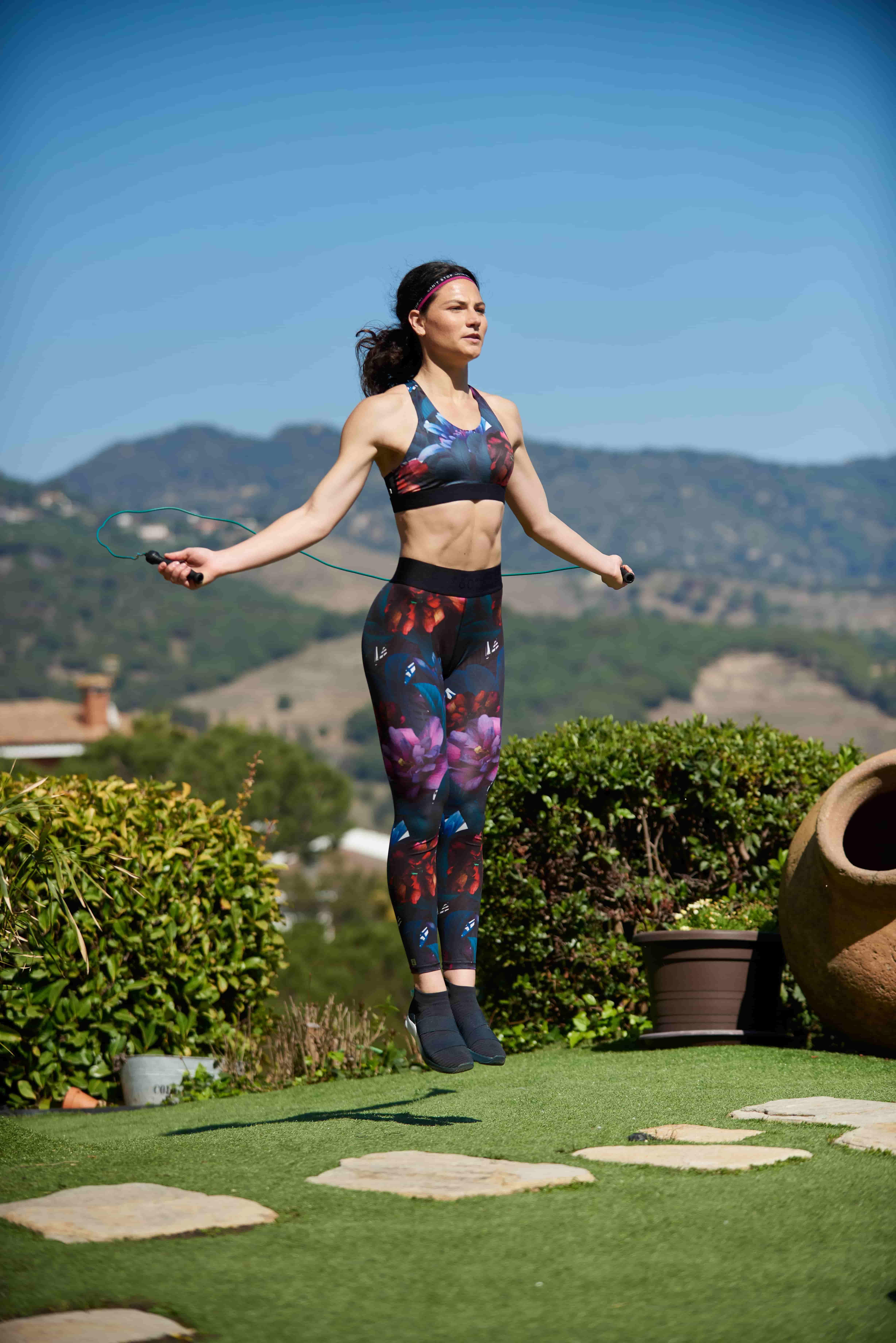 10 Health benefits of skipping