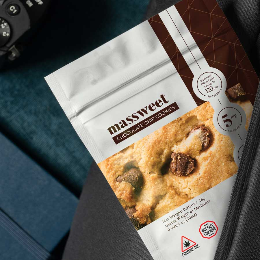 Cannabis infused chocolate chip cookies by massweet