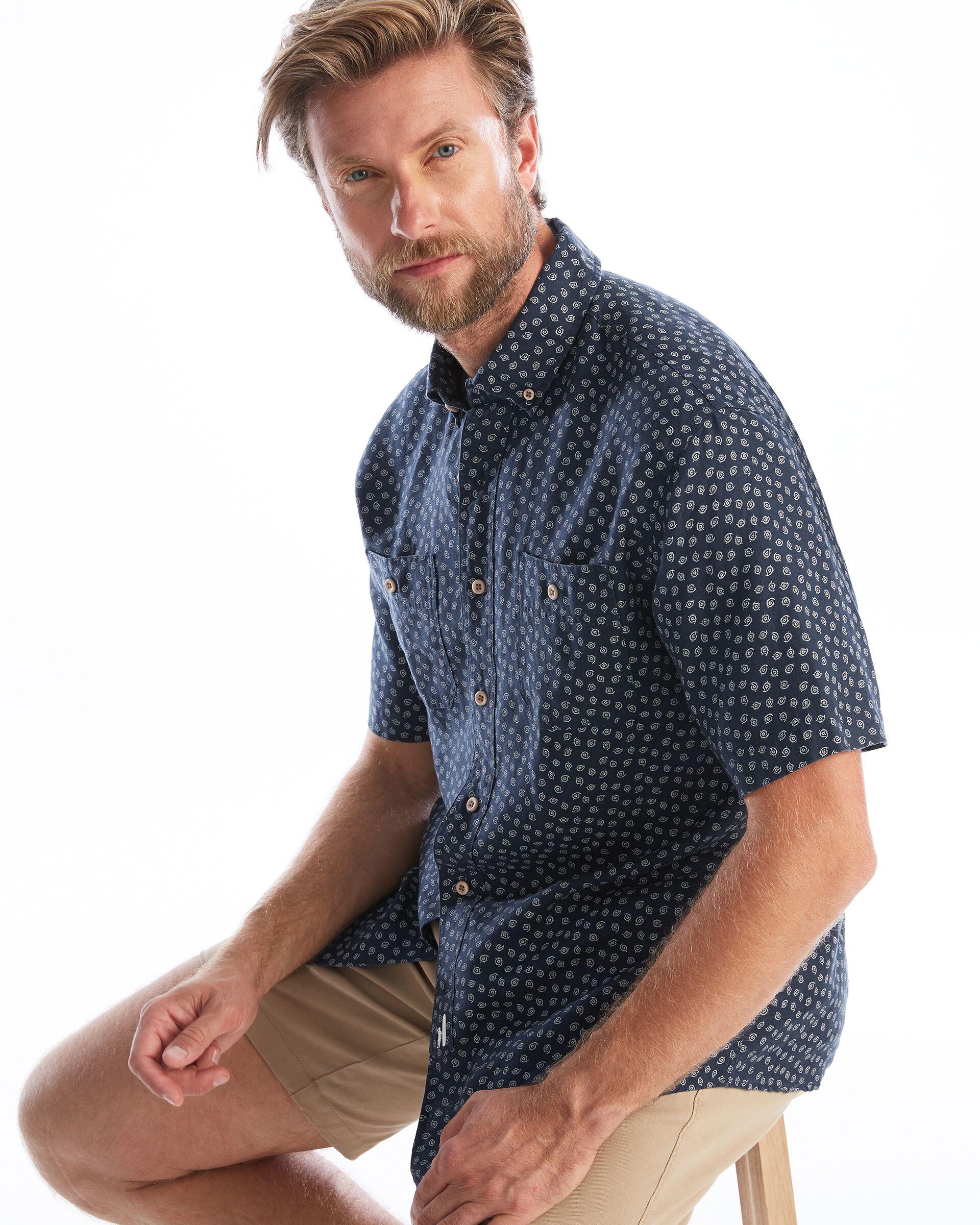 Dixon Printed Hangin' Out Button Down Short Sleeve Shirt (Wake)