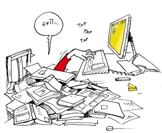 Illustration d'une personne débordée au travail avec un plan de travail recouvert de documents