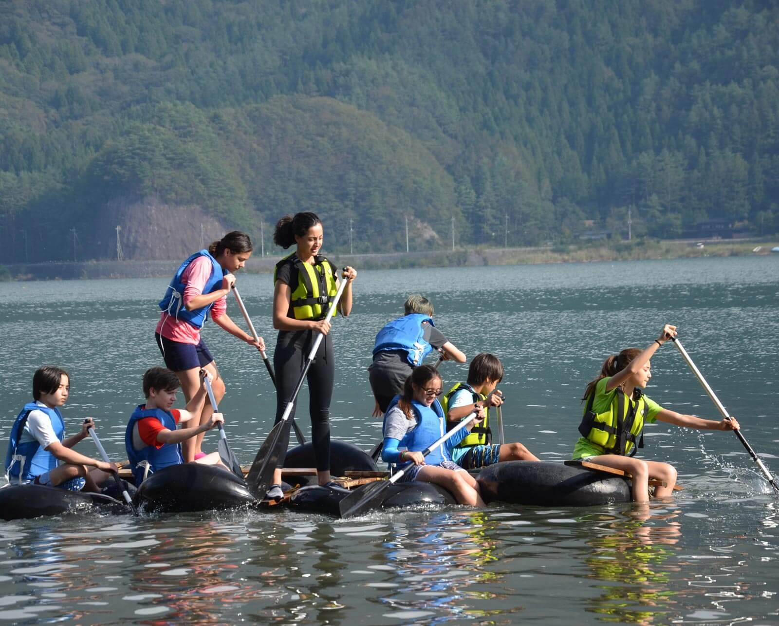 Middle School Students Row a Hand-Built Watercraft