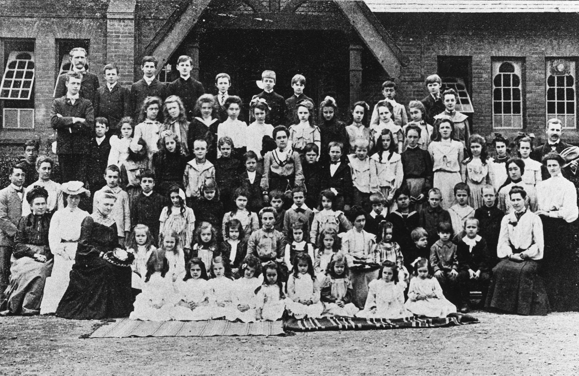ASIJ School Group Photo from 1903
