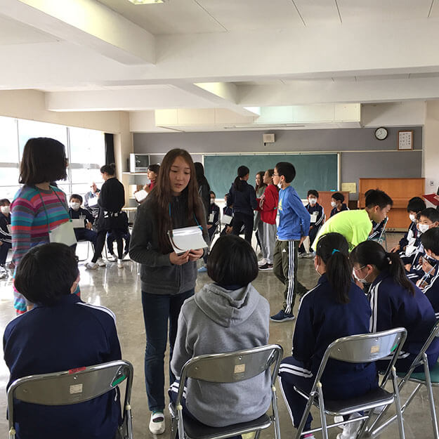 ASIJ Students Teach English to Students in Fukushima