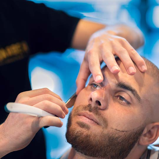Straight razor shave by Sydney's best barbers