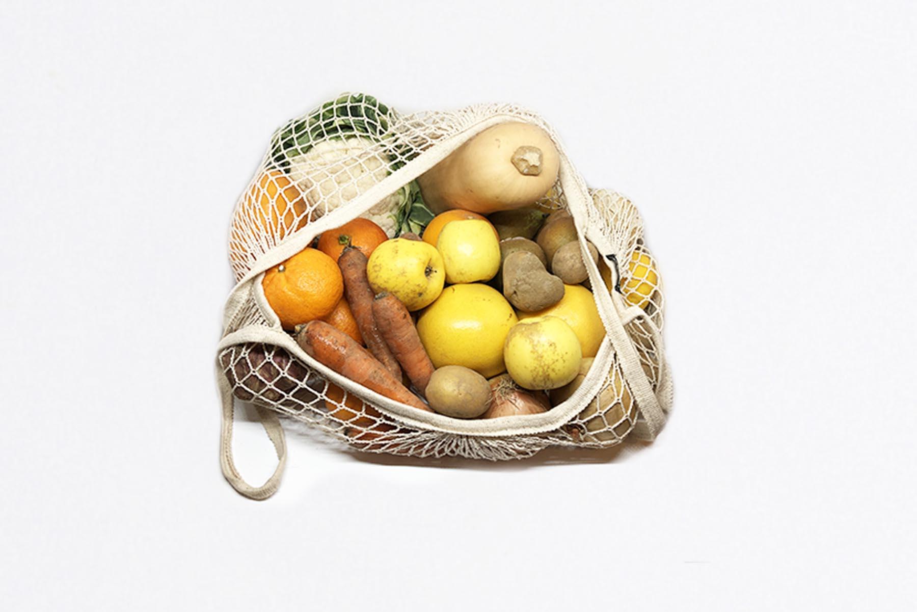 Grand panier de fruits et légumes