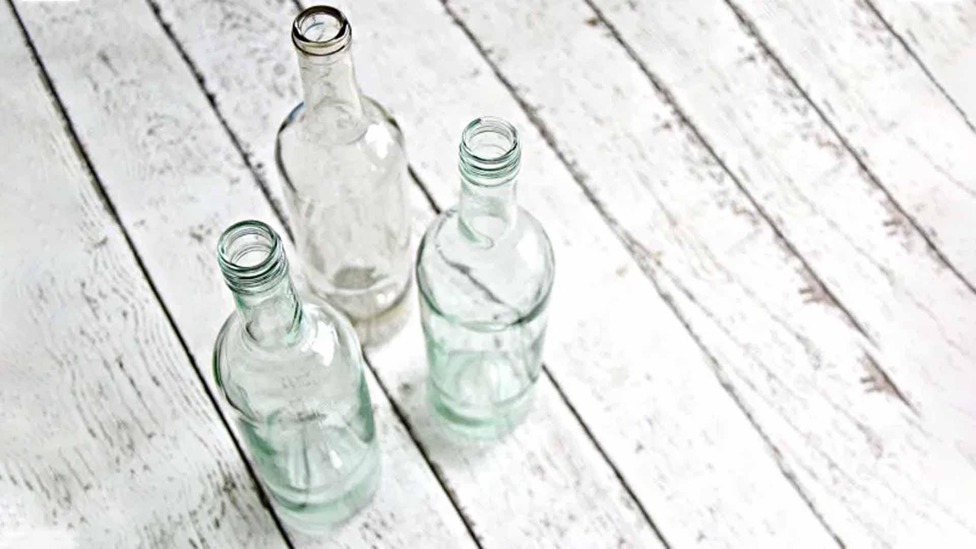 DIY : Retirer les étiquettes des bocaux pour les remettre à neuf