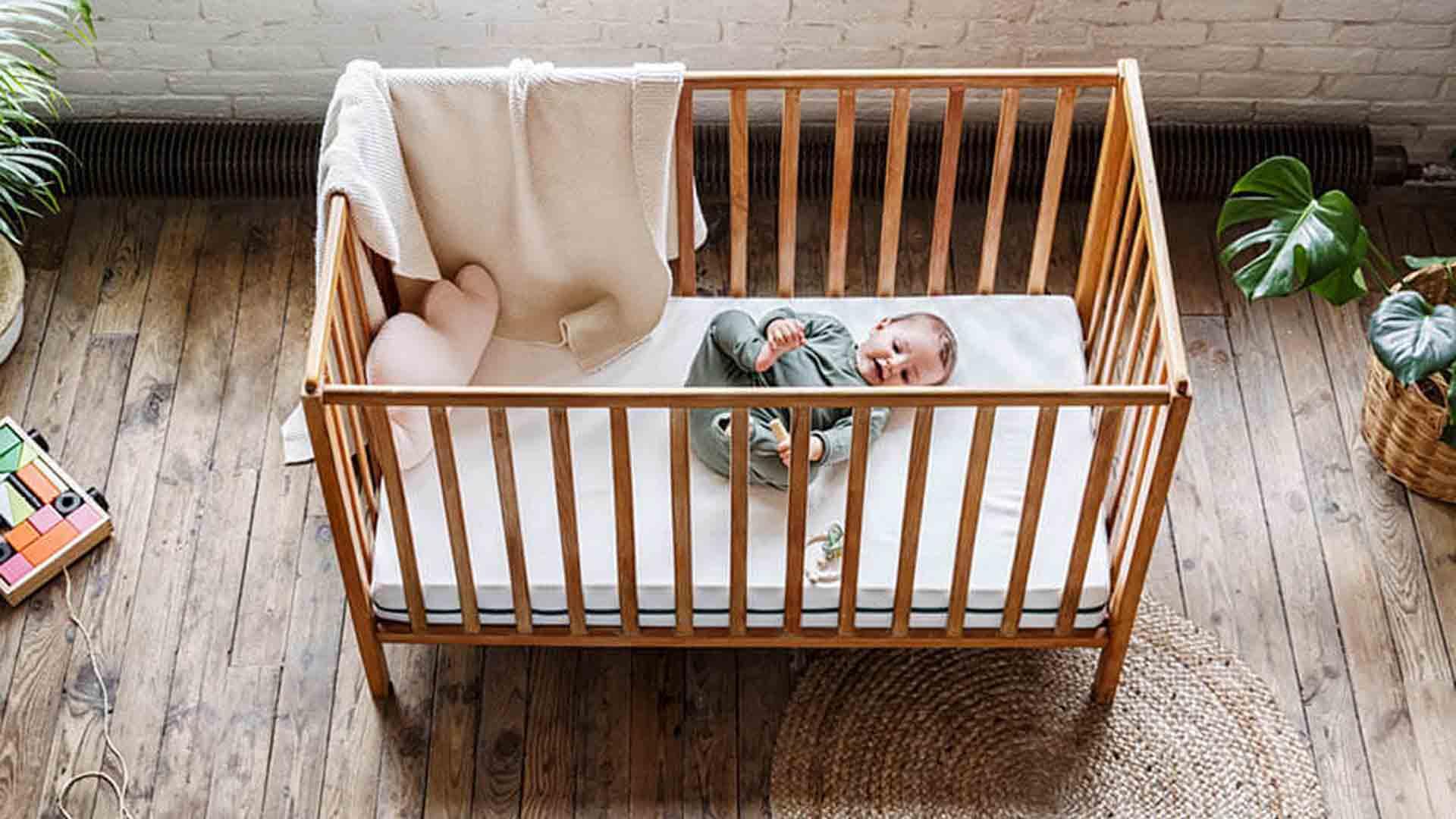Lit bébé zéro déchet mobilier bois écologique