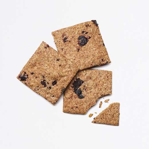 Crackers au blé ancien, olive et romarin