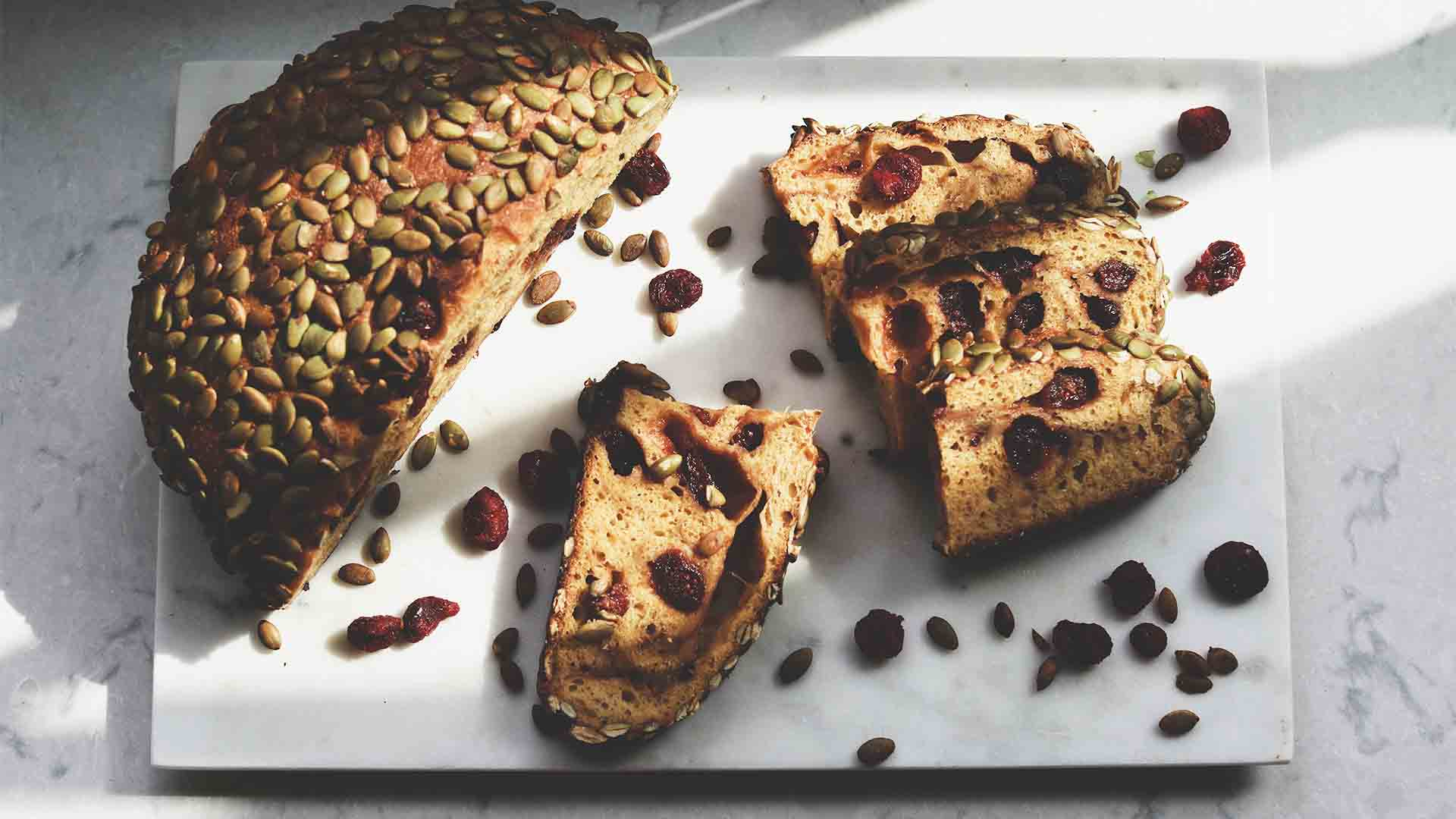Le pain aux fruits secs