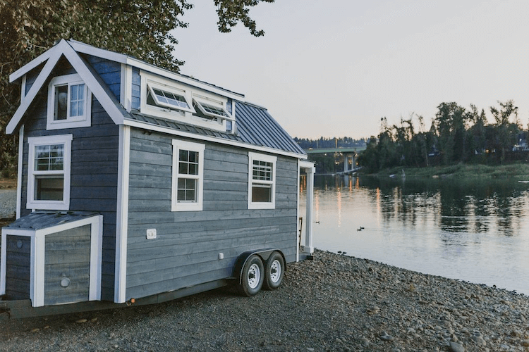 Tiny House with river nearby