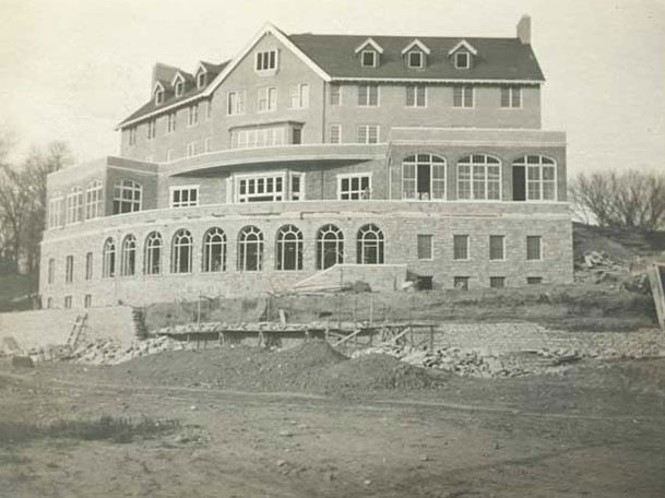 Constructing the University Club