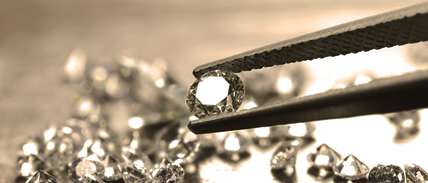 Gem lab services for GIA grading and diamonds inspection