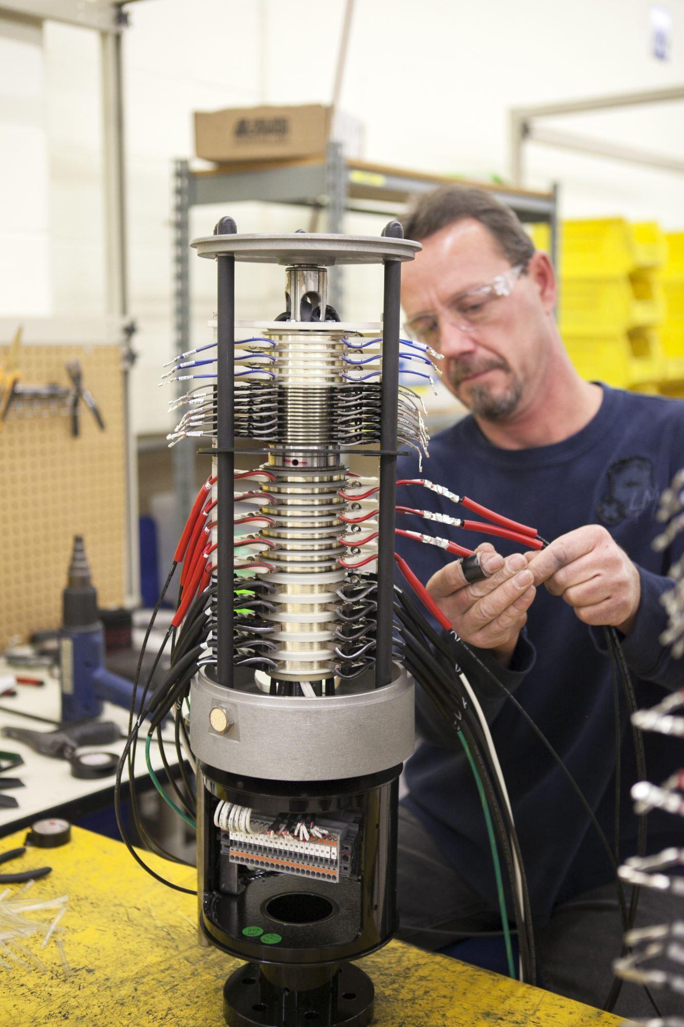 UEA Technician working on Slip Ring