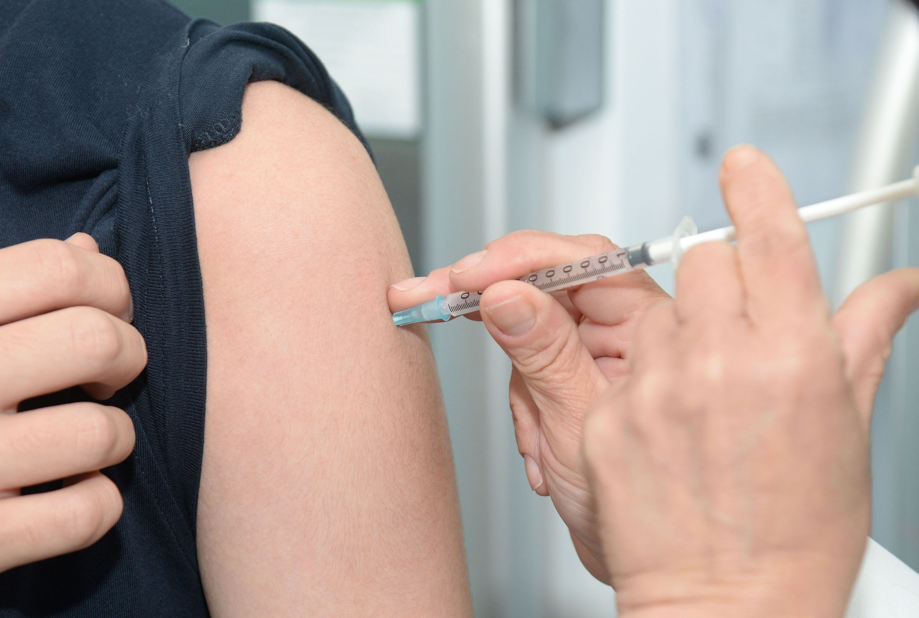 Should You Get The Flu Shot With Hashimoto's?
