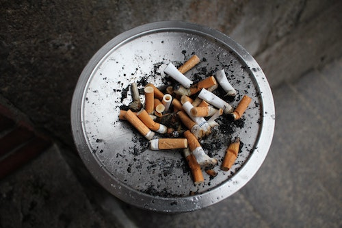 Cigarette Smoking and Risk Of Hashimoto's