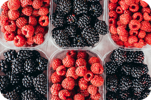 Fruits like berries may reduce pain in some inflammatory conditions like Hashimoto's