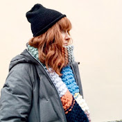 Well Loved Knits profile picture in blue beanie