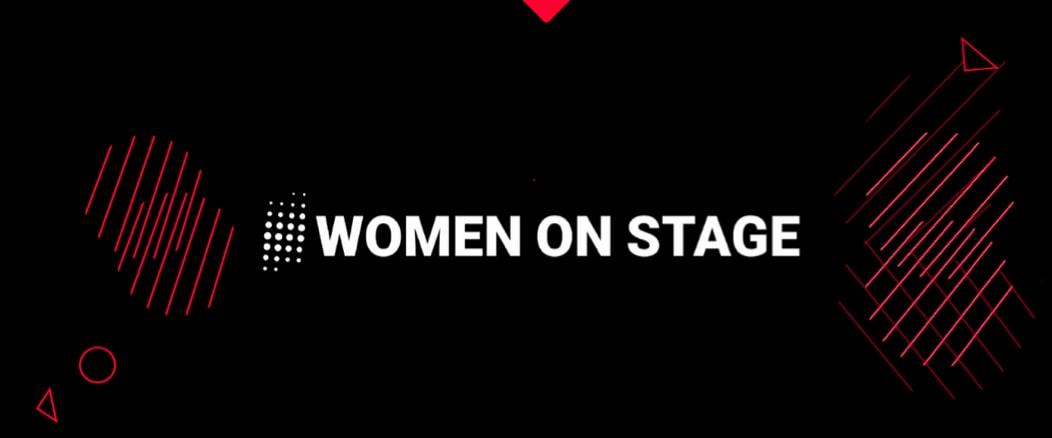 women on stage - 诪讗讙专 谞砖讬诐 诪专爪讜转
