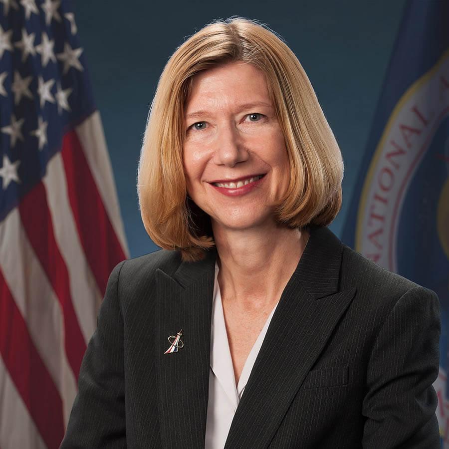 Kathy Lueders '81