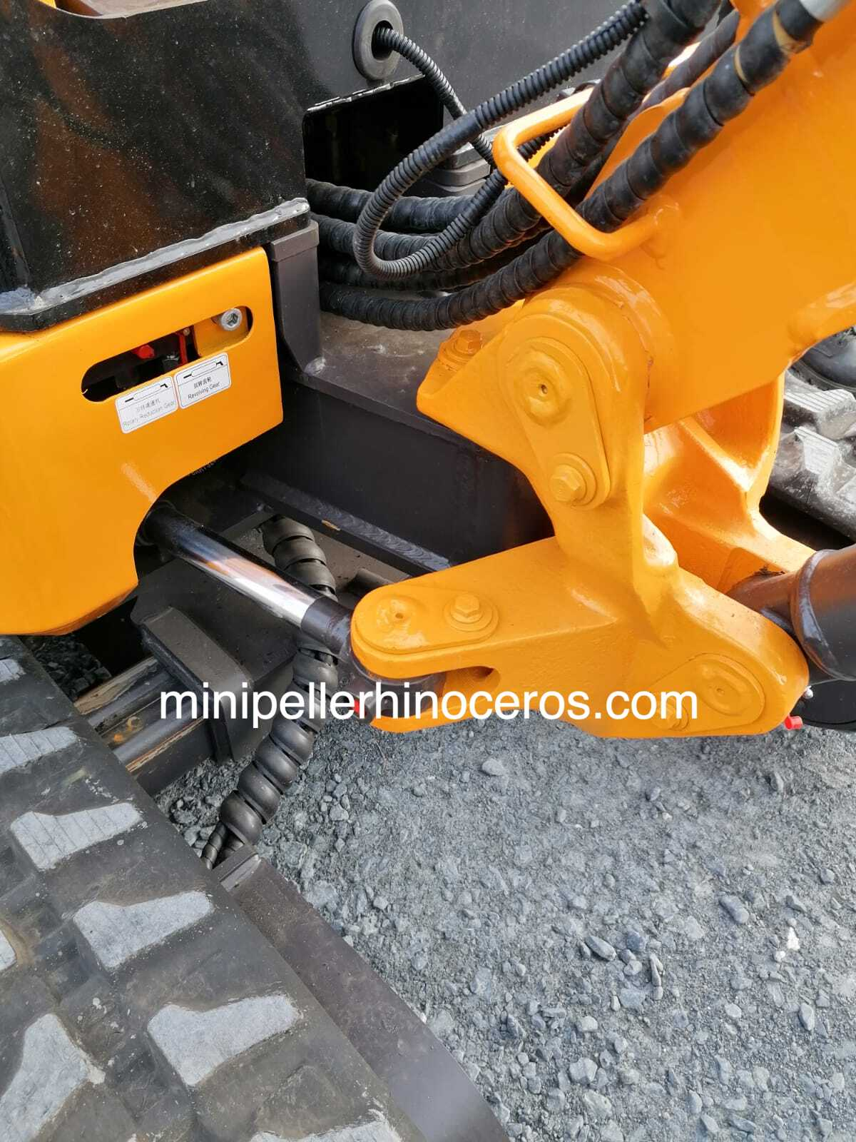 Pied de flèche déportable MINI-PELLE RHINOCEROS XN20