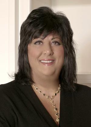 Lisa Robertson