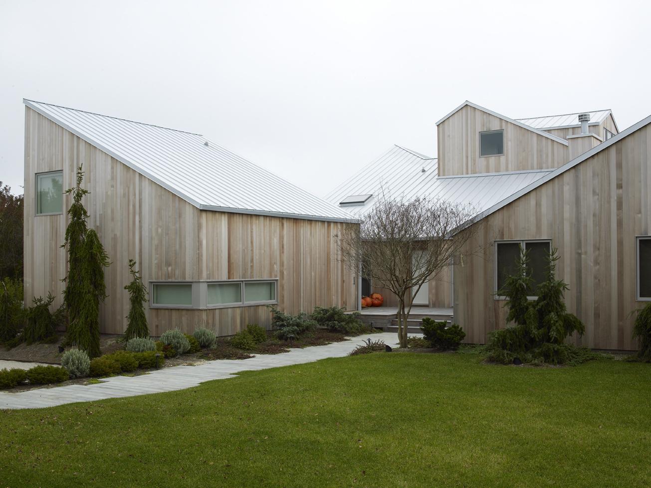luxury home in Bridgehampton