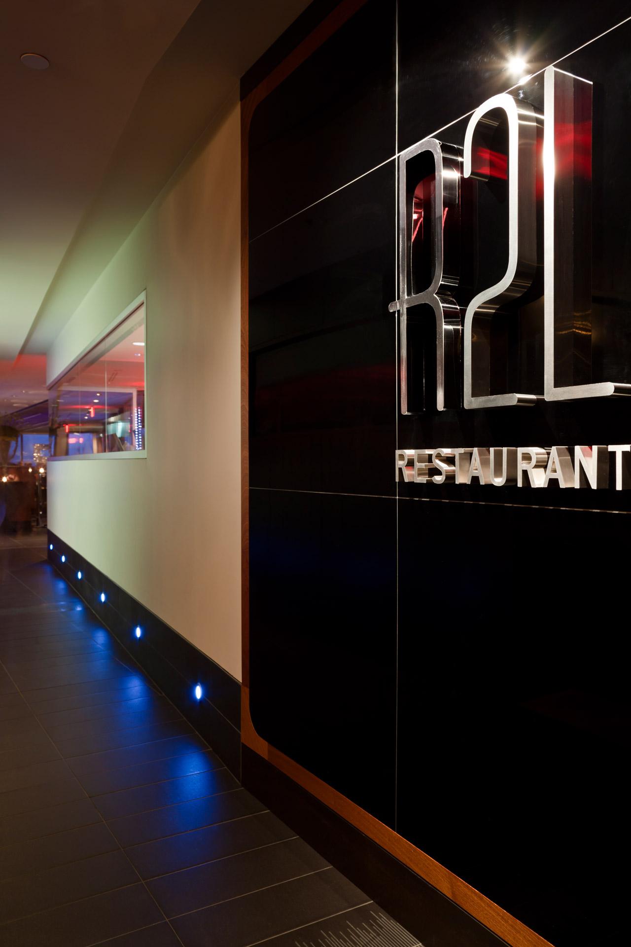 R2L restaurant design