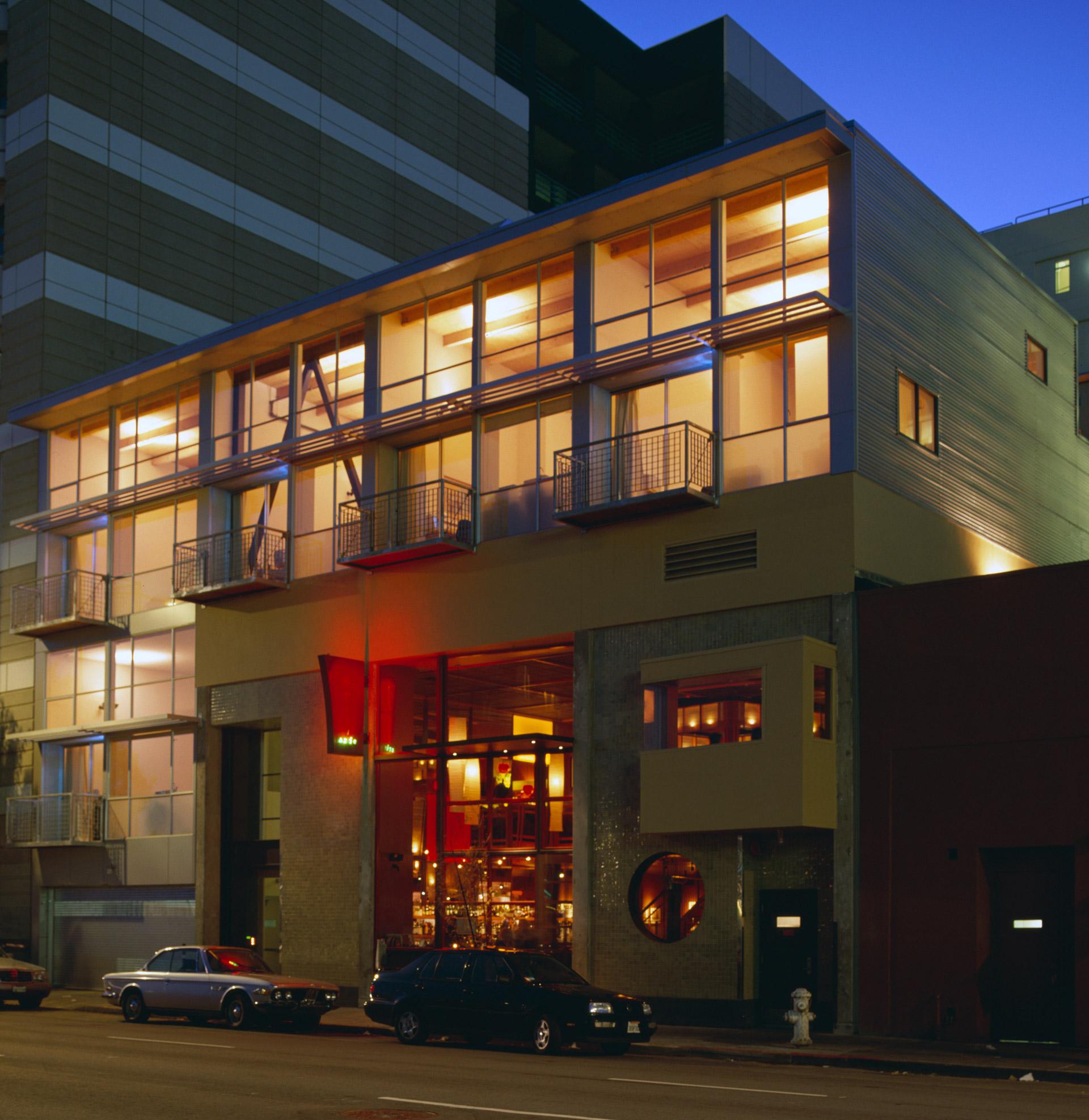 Azie Lofts/826 Folsom property