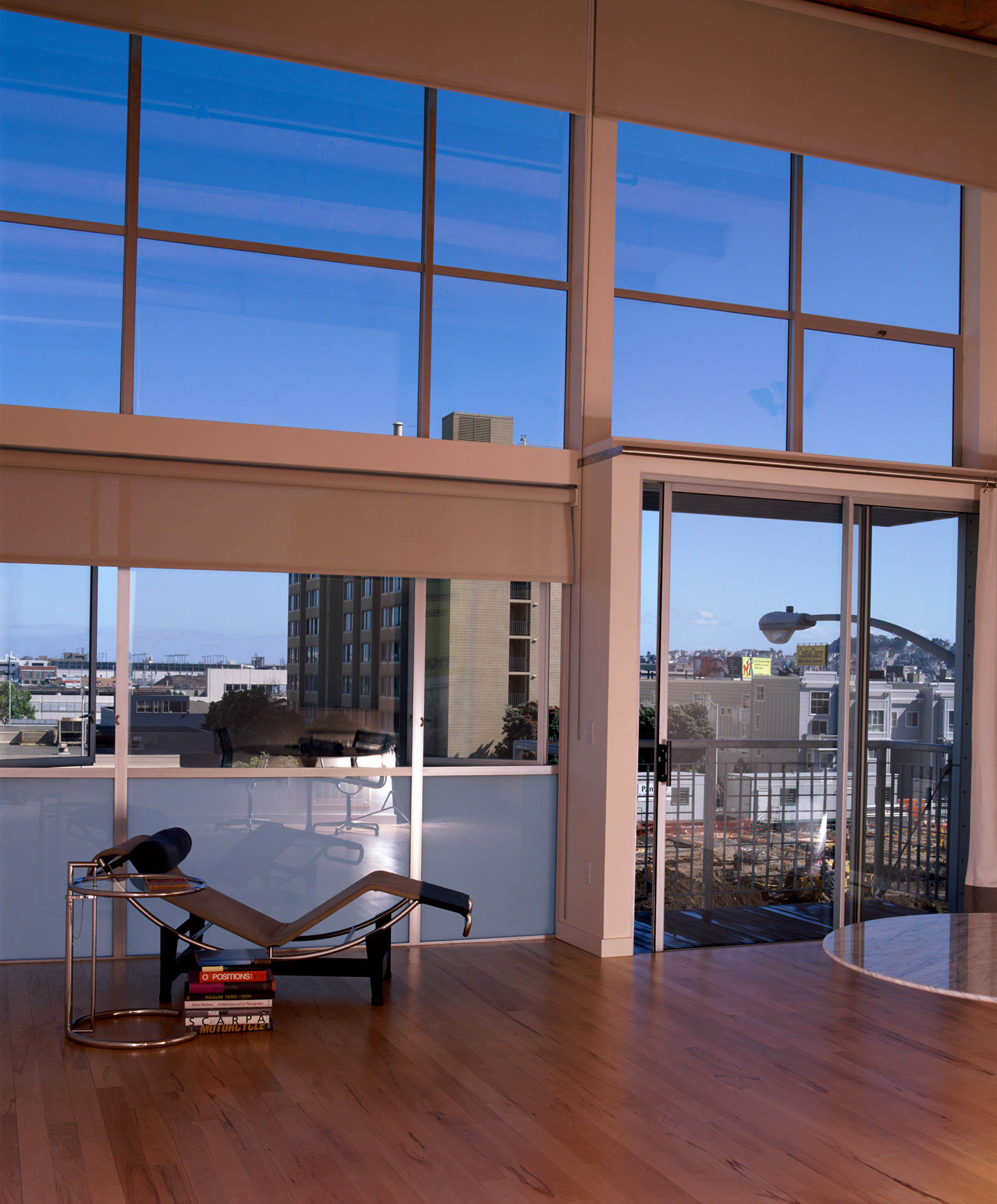 Azie Lofts/826 Folsom interior design