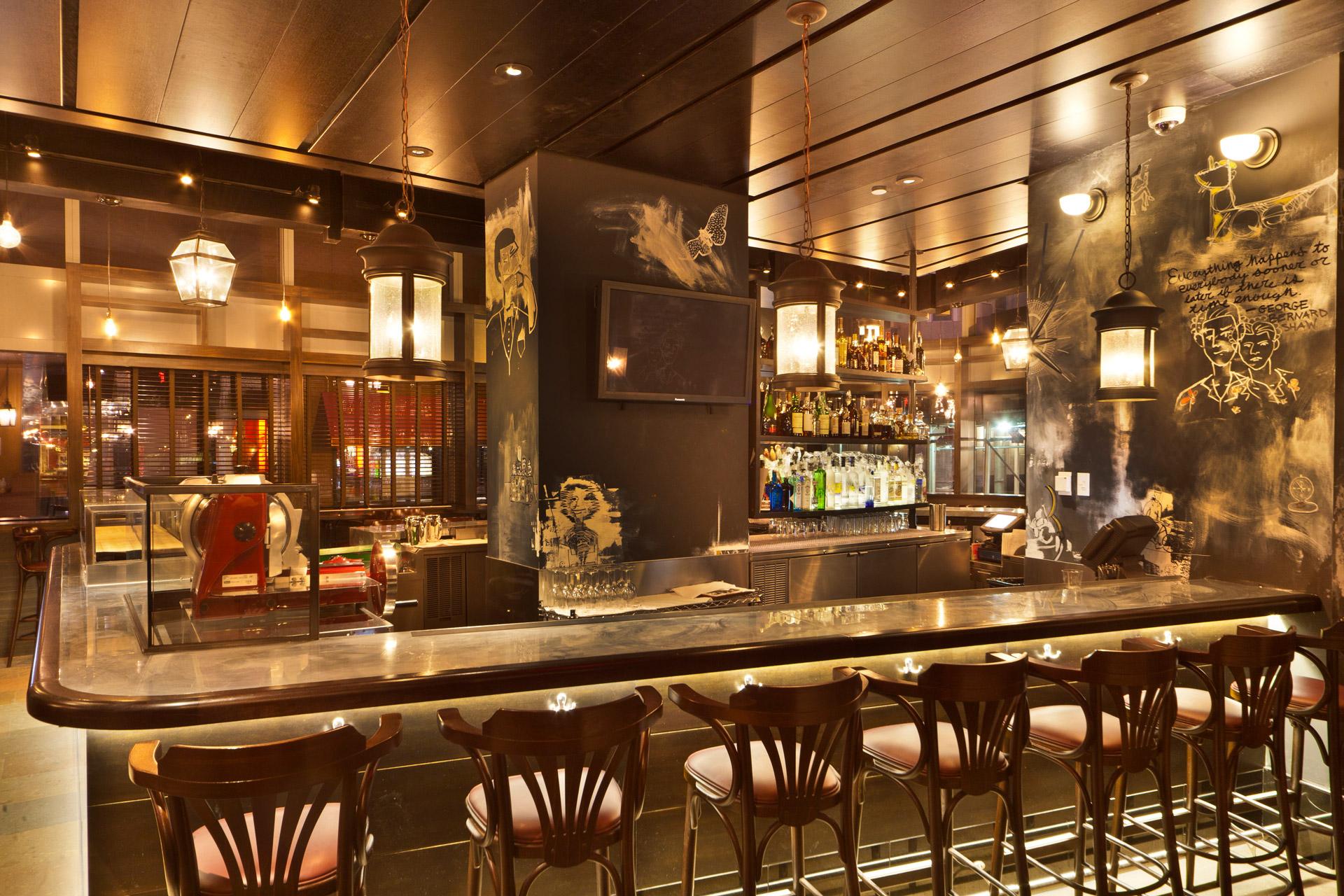 BLT Bar & Grill restaurant designer
