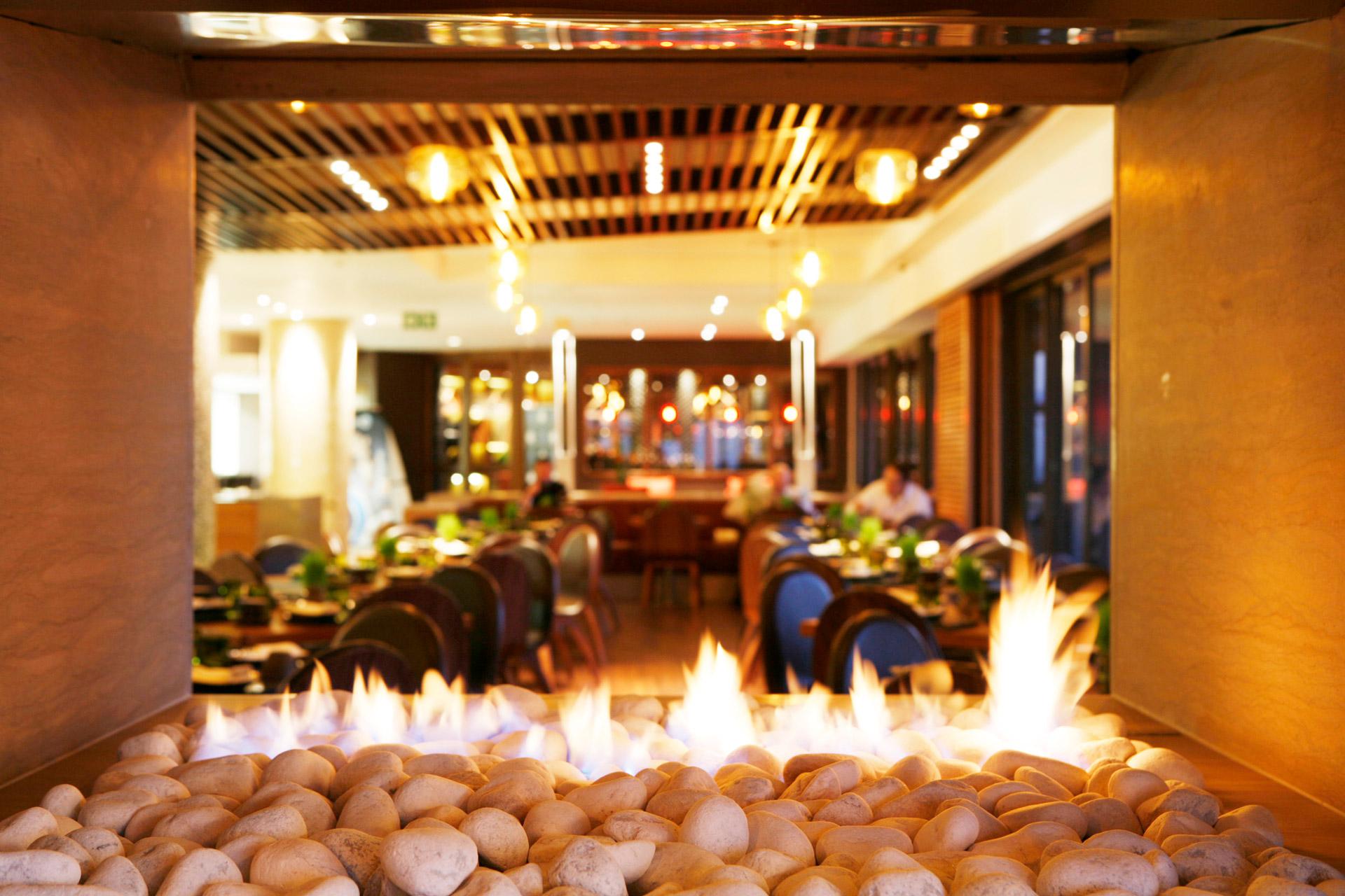 San and Vin at Sandton Sun restaurant best designer