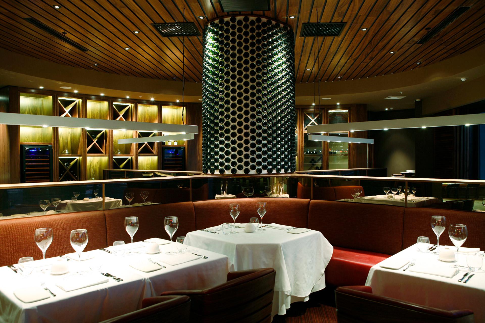 San and Vin at Sandton Sun restaurant modern design