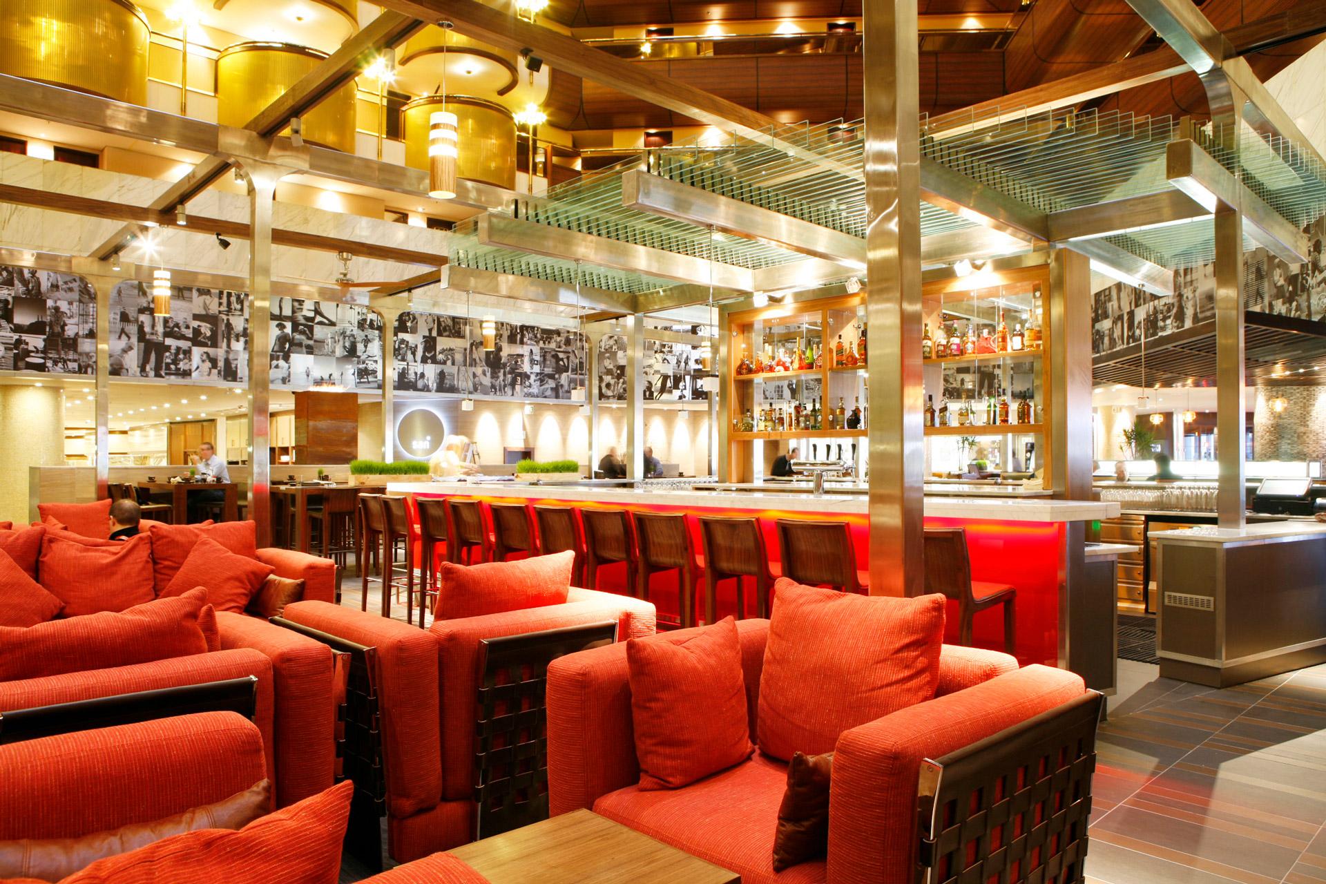 San and Vin at Sandton Sun restaurant architecture