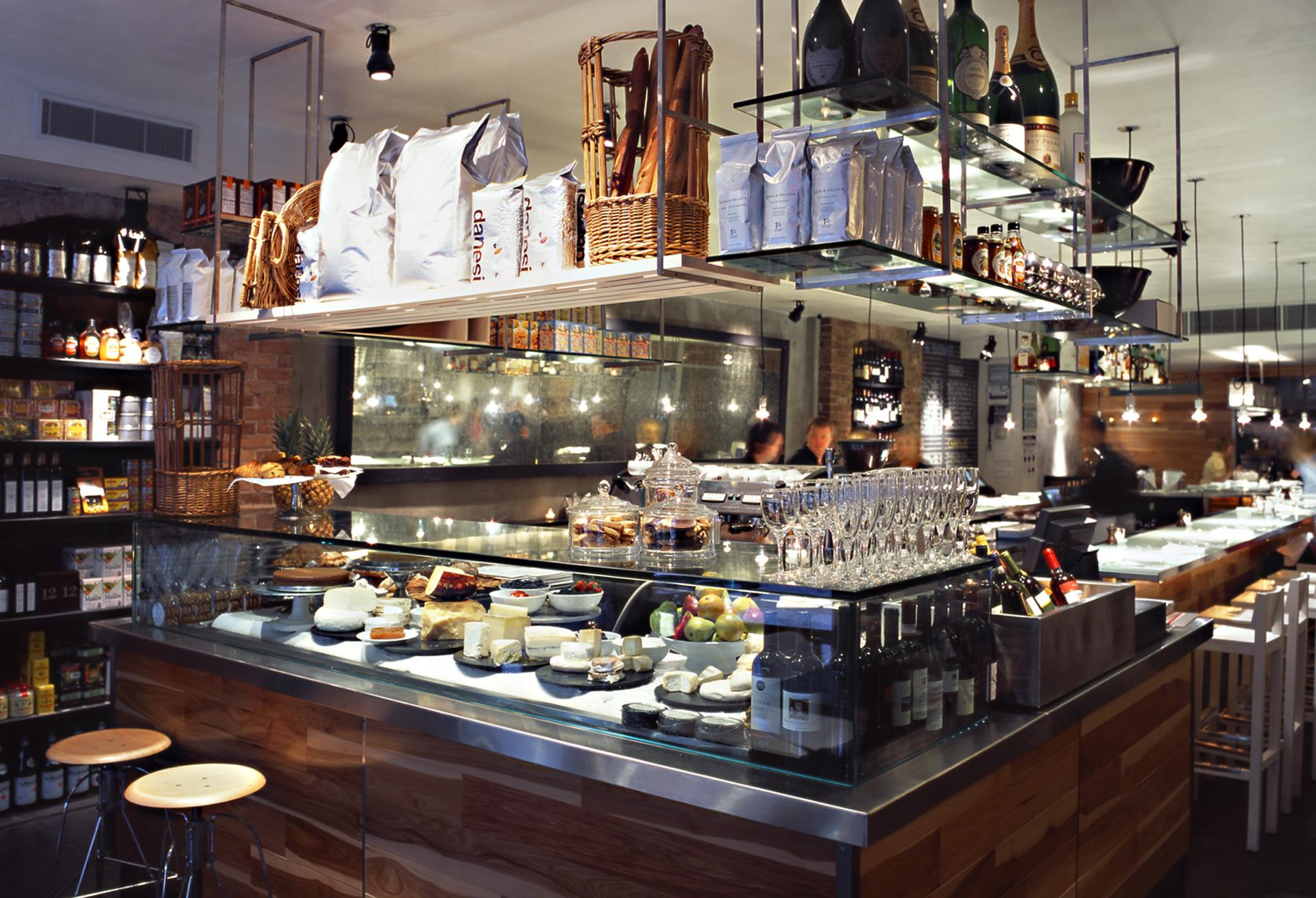 Giorgione 508 restaurant decor