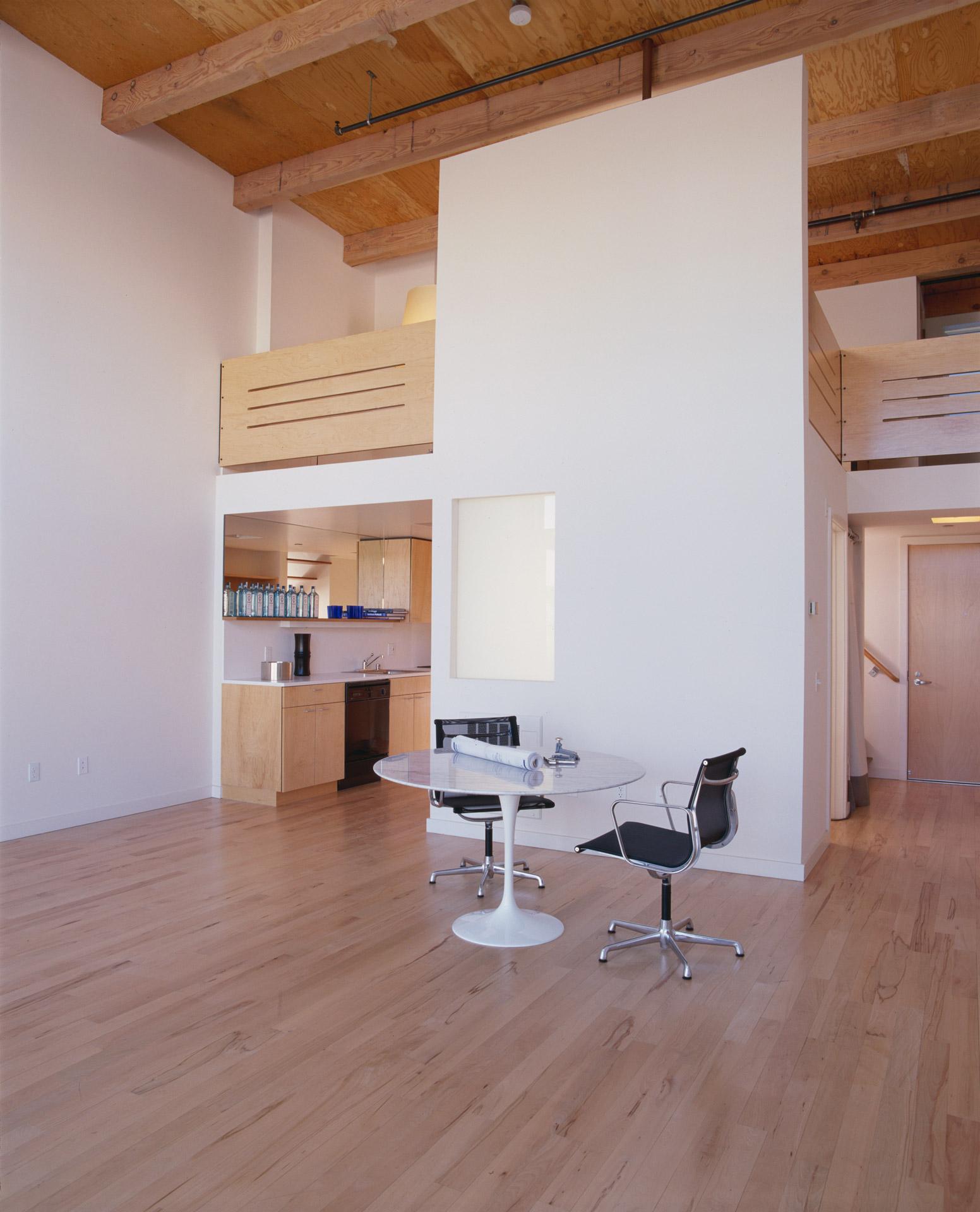 Azie Lofts/826 Folsom luxury home
