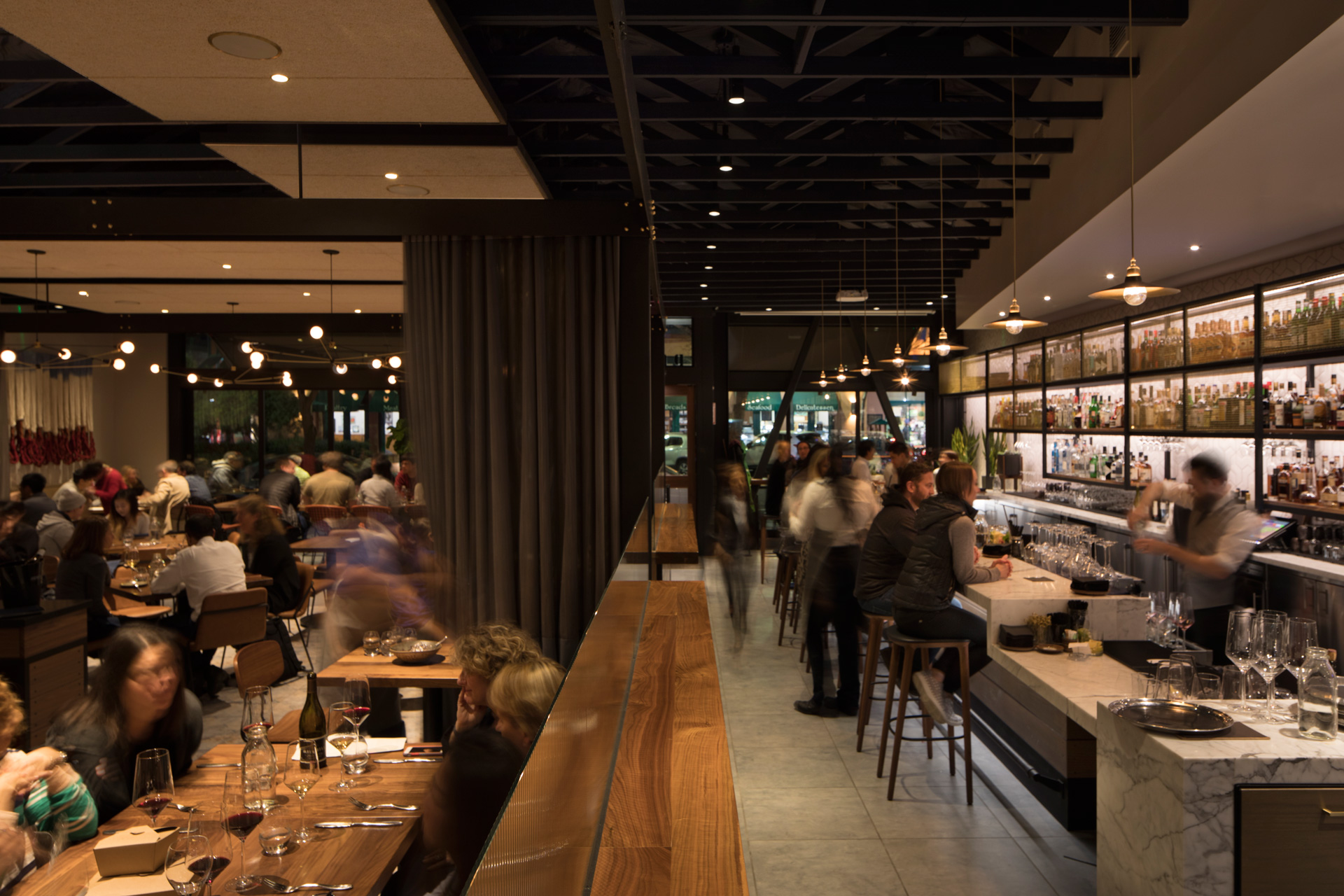 Pausa Bar & Cookery restaurant aristocratic design