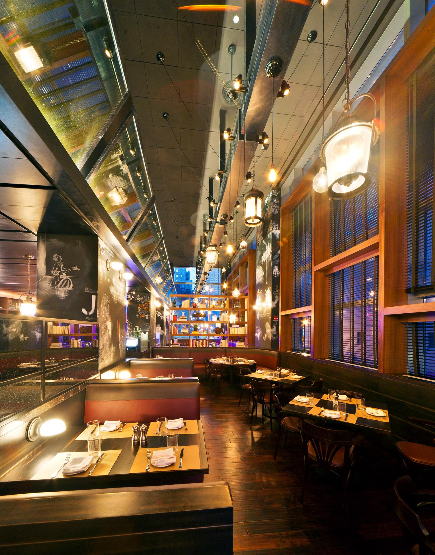 BLT Bar & Grill restaurant interiors