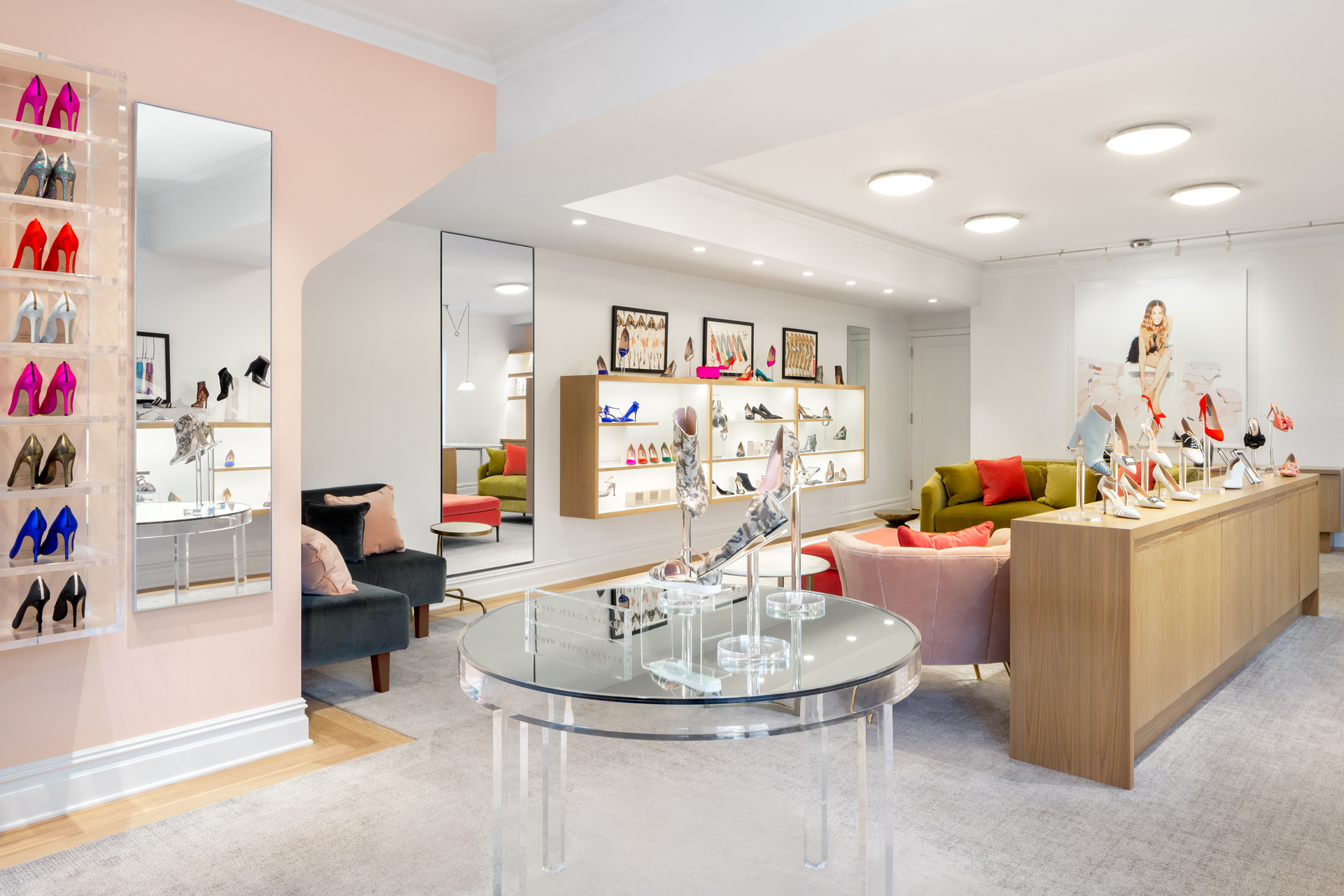 SJP by Sarah Jessica Parker retails store design
