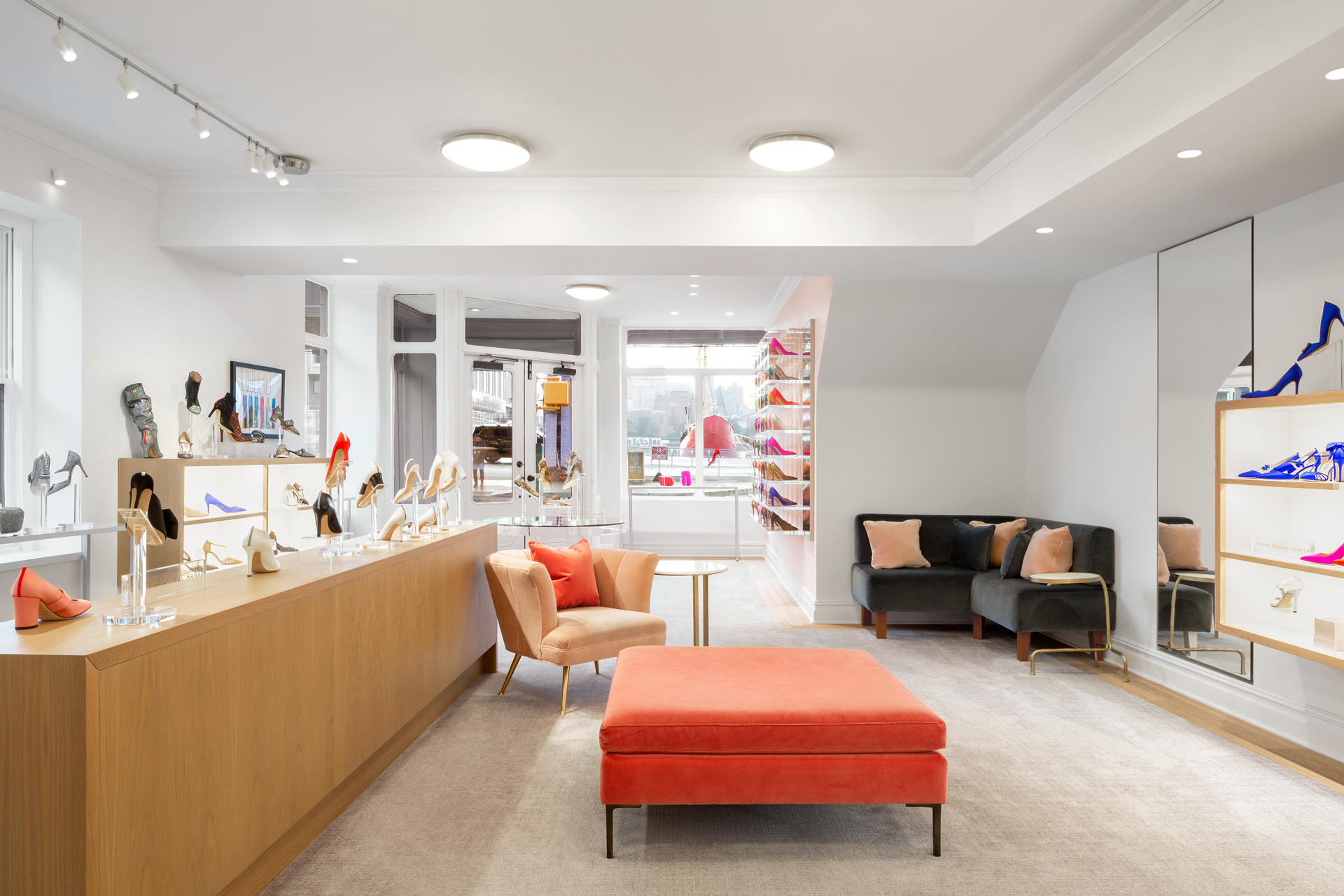 SJP by Sarah Jessica Parker retails store decor ideas