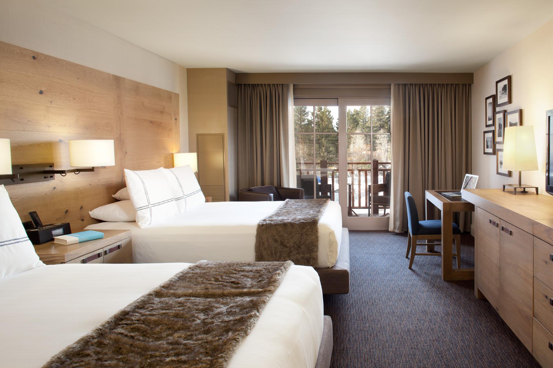 Hyatt Lake Tahoe Guestrooms decor