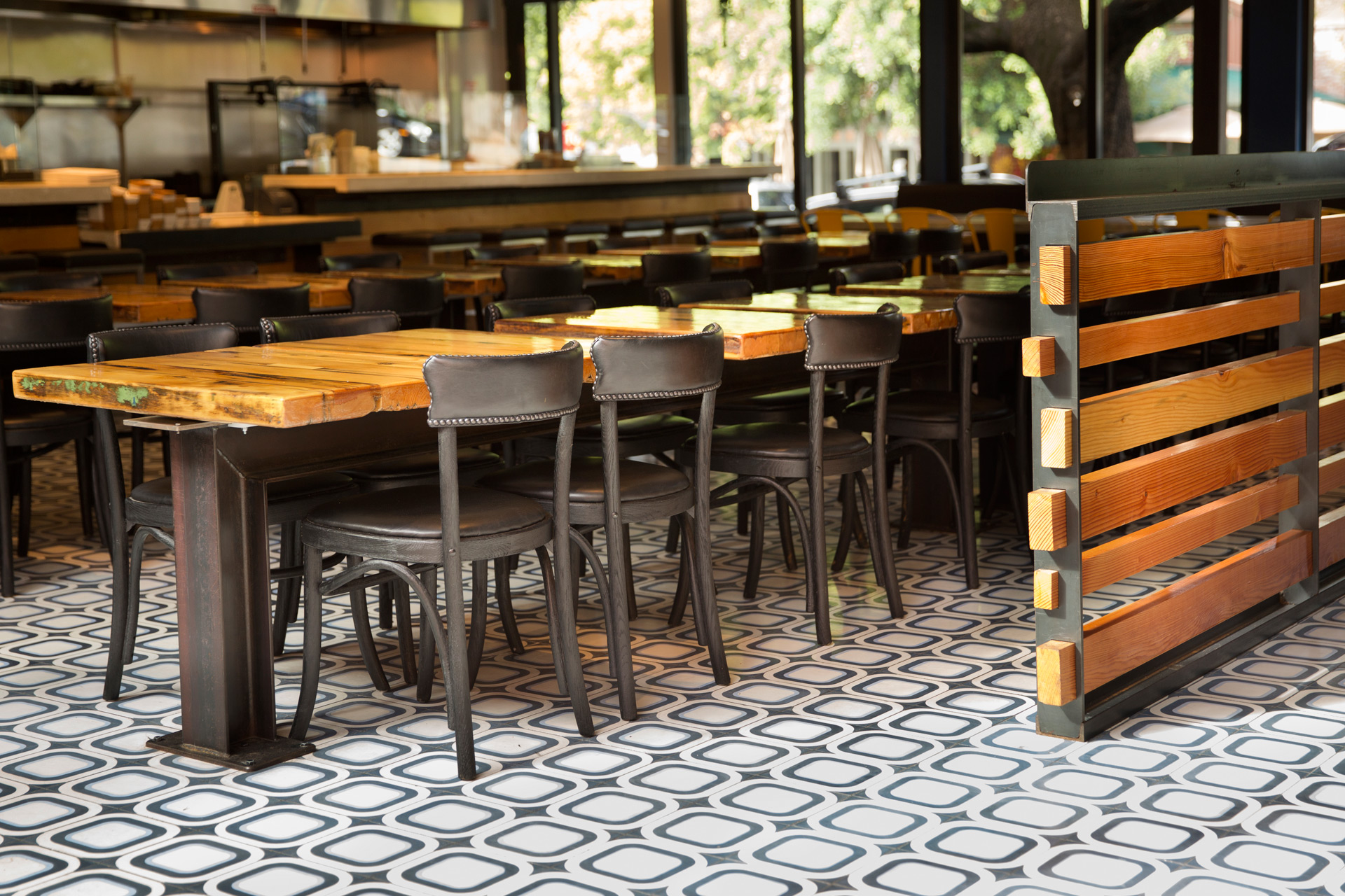 Playa restaurant interiors designer