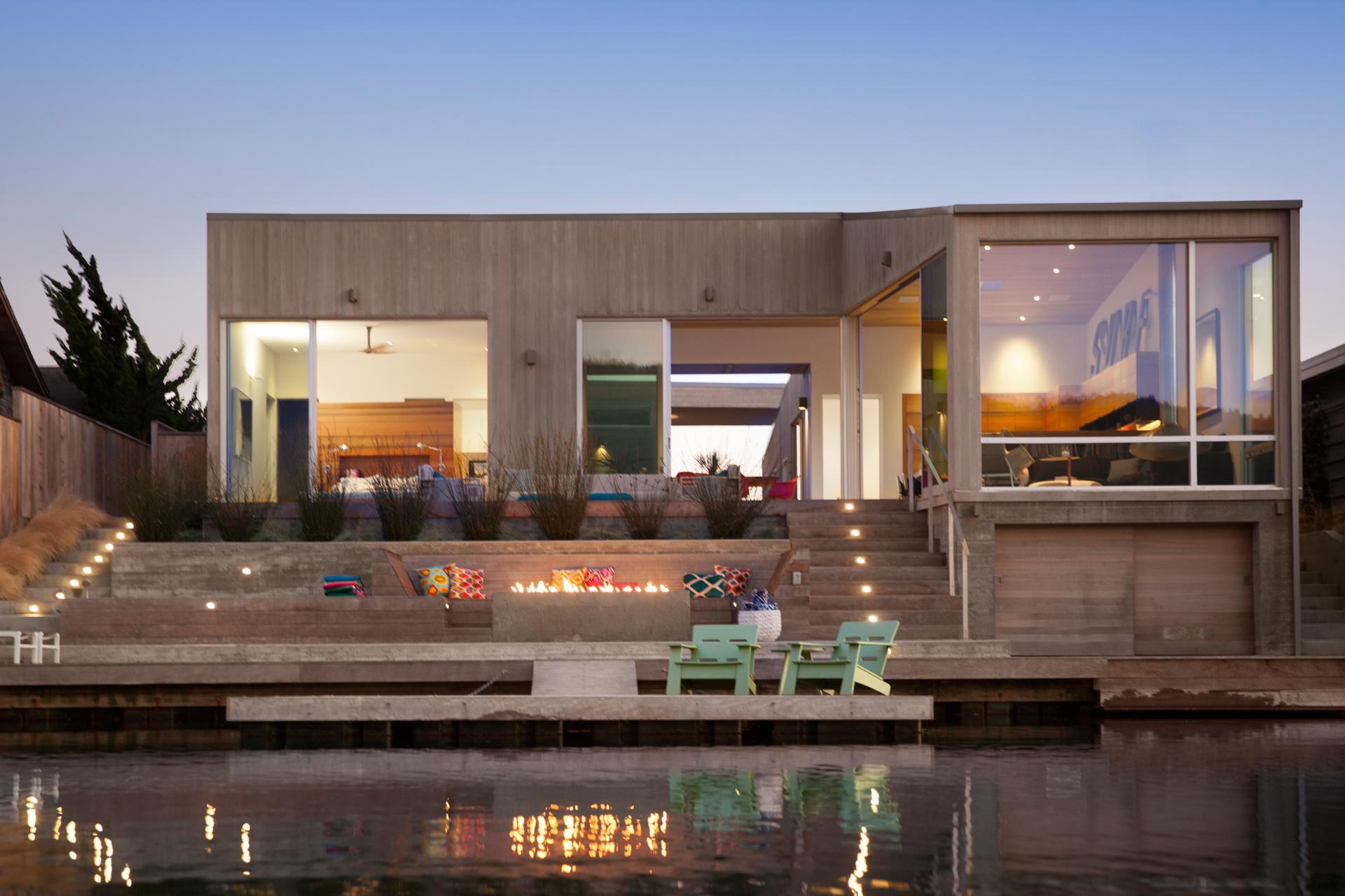 Lagoon House luxury apartment