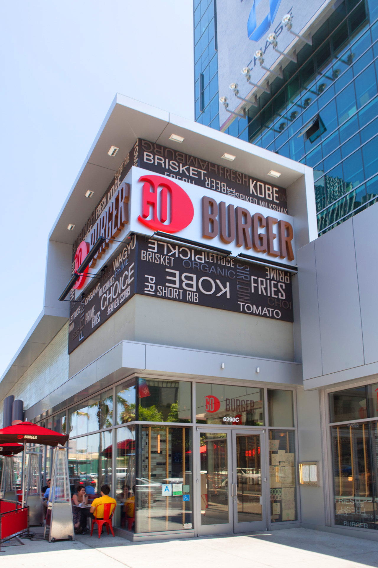 Go Burger LA restaurant design