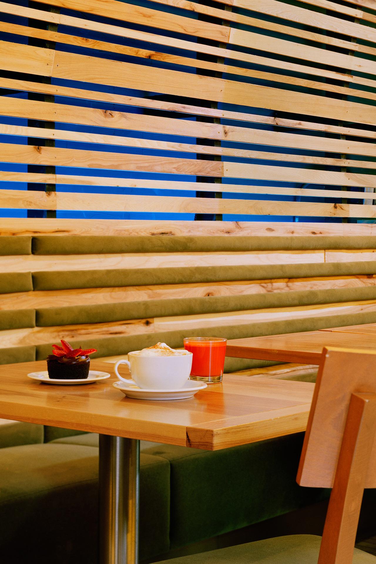 Lettus Café restaurant