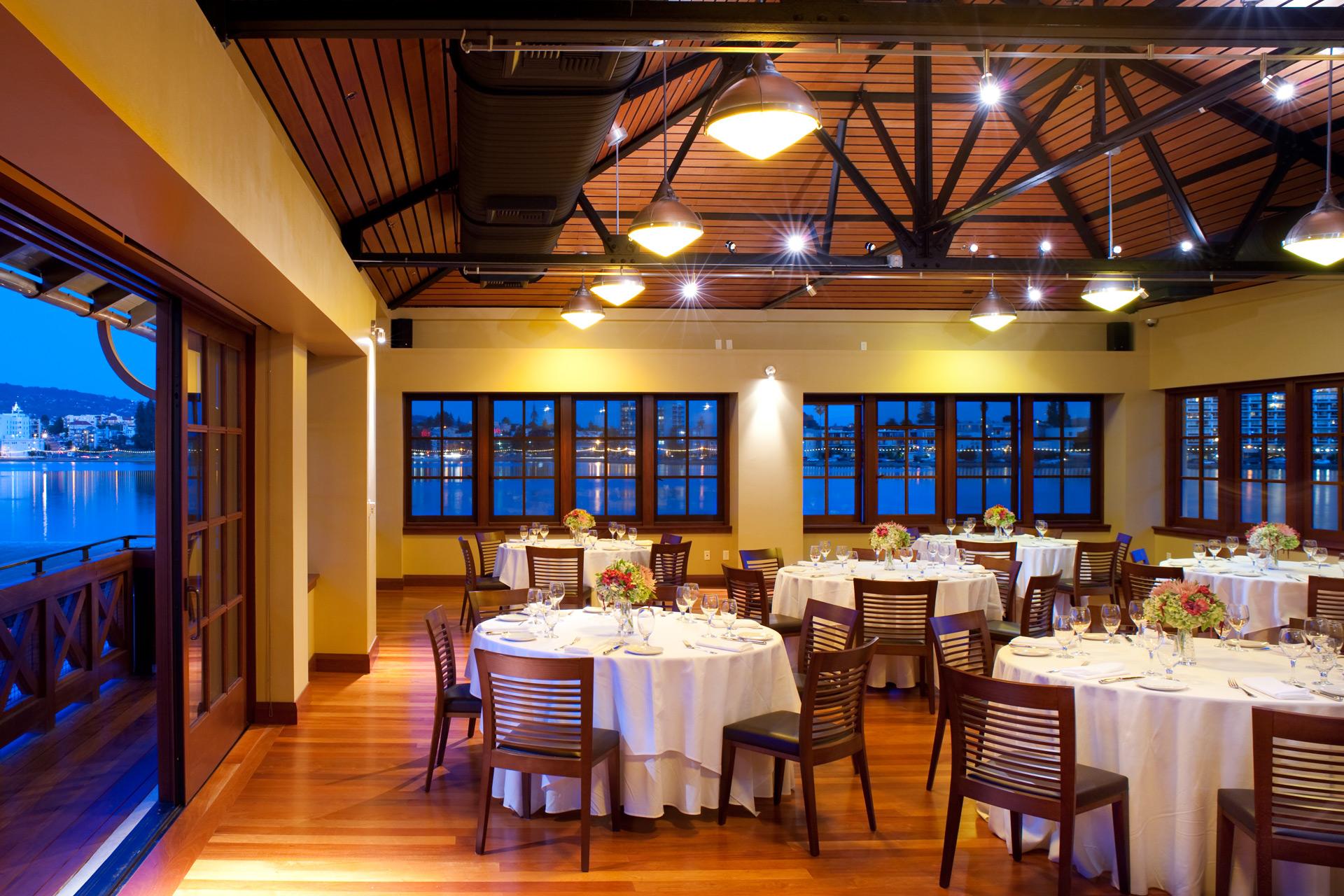Lake Chalet restaurant bet designer