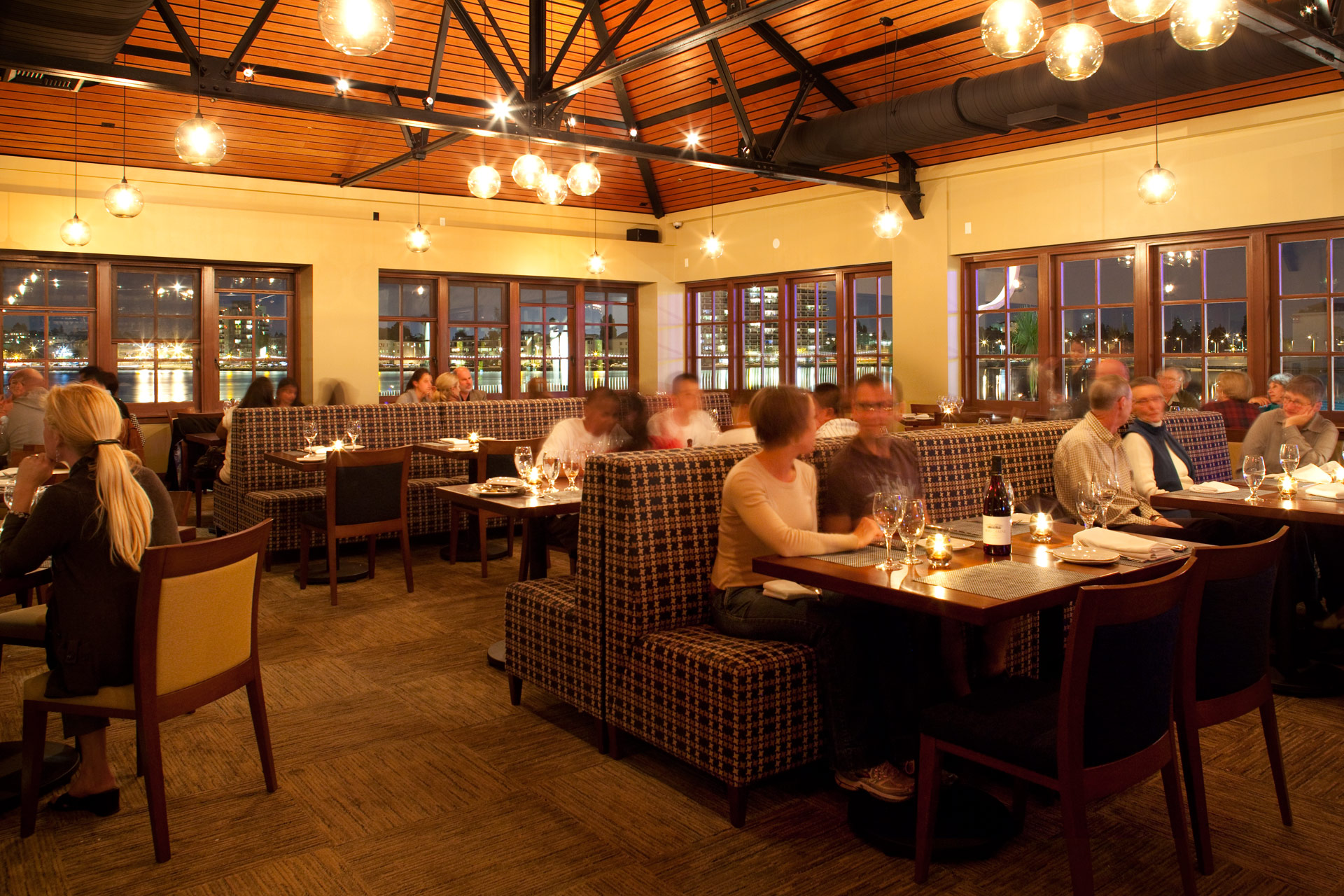 Lake Chalet restaurant interiors