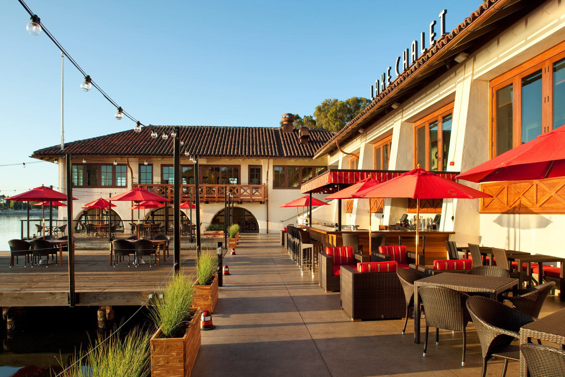 Lake Chalet restaurant architecture