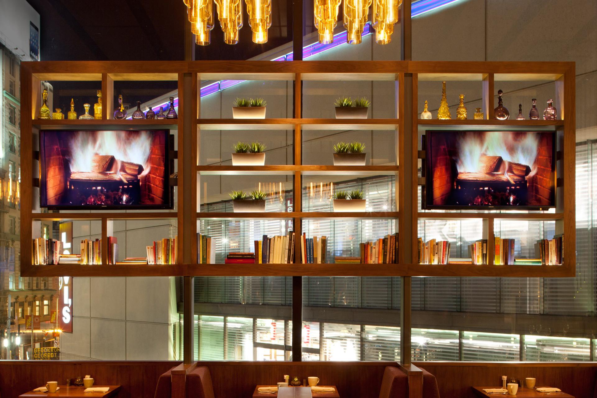 OneUp restaurant home design