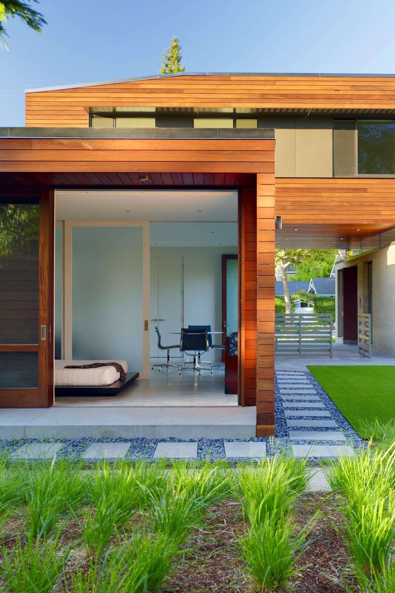 Urban house design Palo Alto Residence