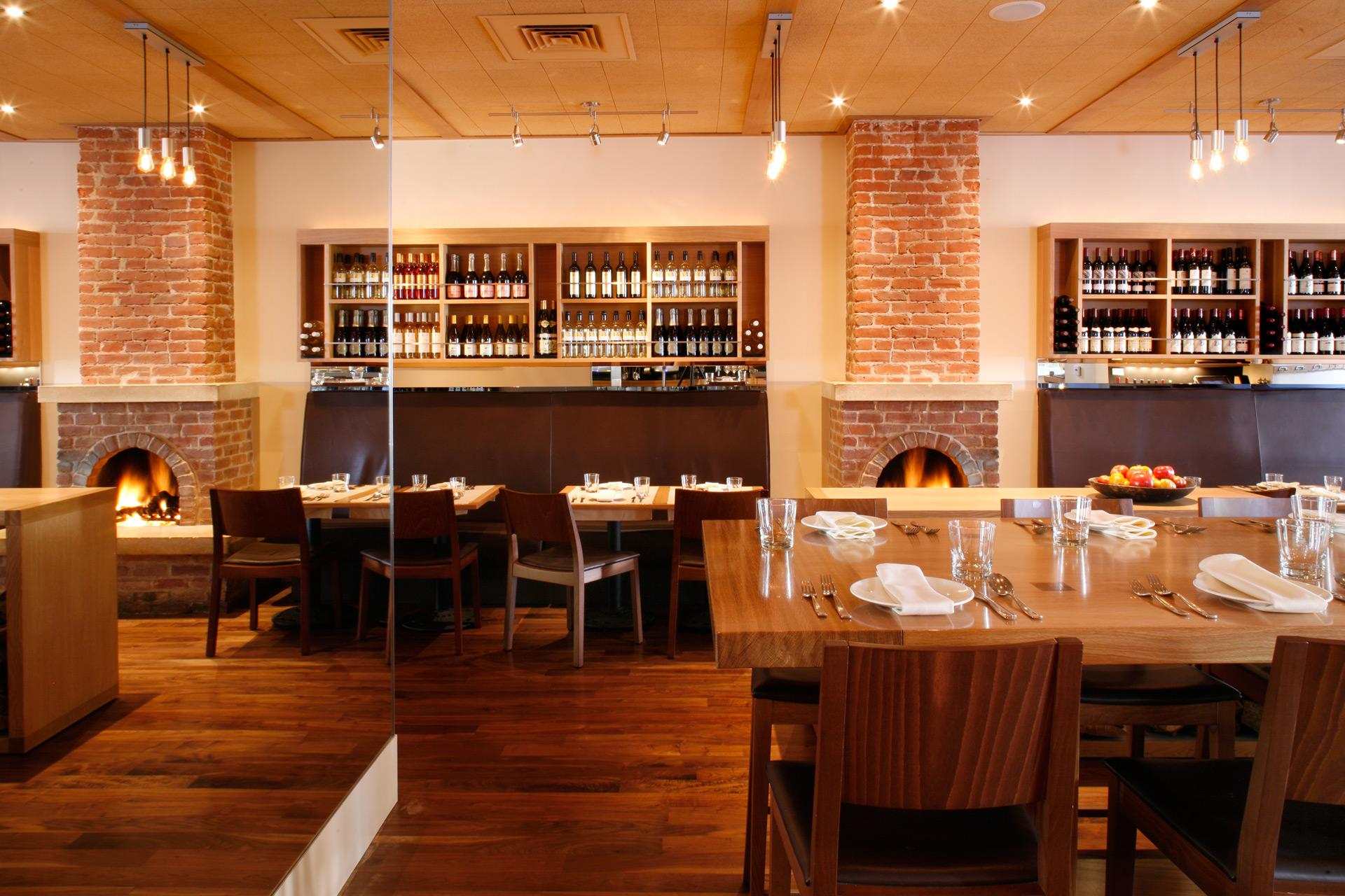 Terzo restaurant home design